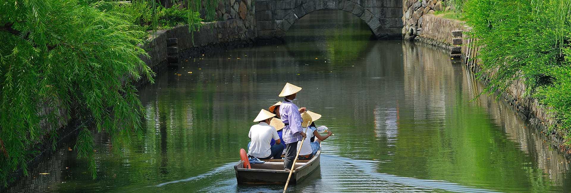the canal at Kurashiki Bikan