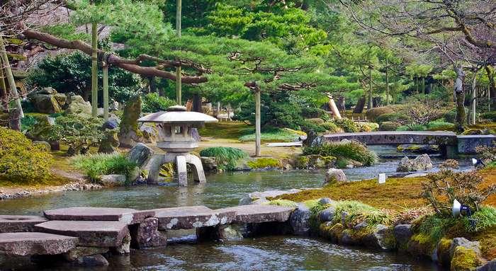 Kanazawa guide touristique et voyage au japon for Jardin kenrokuen
