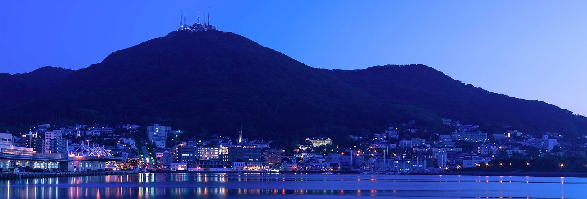 le mont Hakodate au Japon